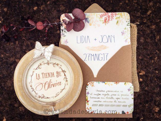 Invitaciones de boda florales de diferentes colores, con tarjetas con número de cuenta y en tamaño de 15 cm x 15 cm